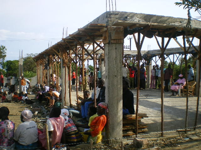 Community Meeting during the building of EK, October 2009.