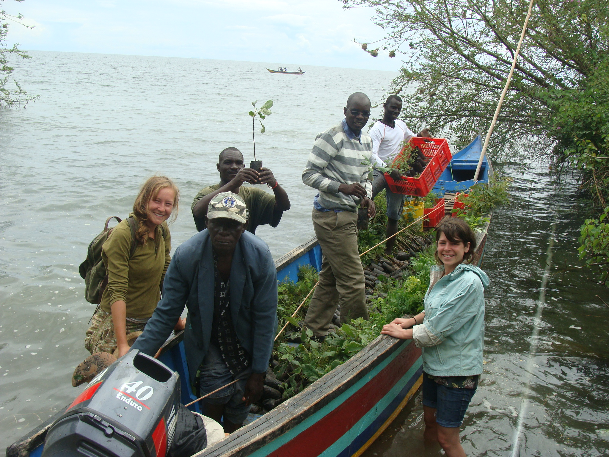 EK Farm Team loads 2000+ indigenous tree seedling onto the EK Emergency Boat for transport to Kitawi Beach, 2012