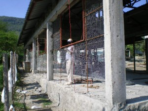Ferro-Cement walls ready for plaster... October 2009